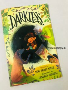 Darkless: A beautiful book about mother-child bond - IMG 4791 225x300